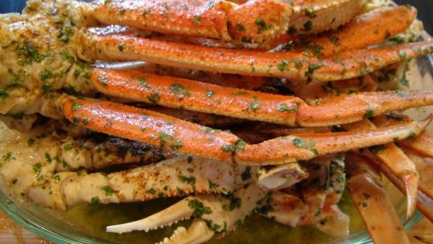 Lick Your Fingers Beer, Butter & Garlic Crab Legs